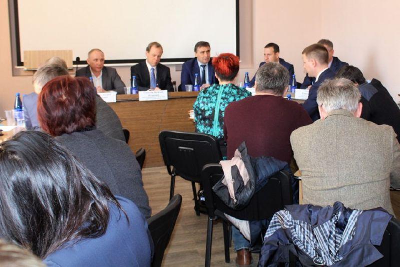 Замруководителя Федерального агентства по рыболовству провел совещание с крымскими рыбоводами