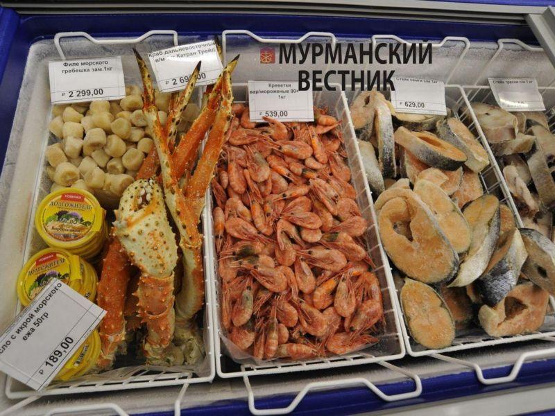 Цена: филе морского гребешка зам. 1 кг, краб дальневосточный п/м Катран Трейд, креветки вар/мороженые 90+ 1 кг, стейк семги, стейки трески, масло с икрой морского ежа