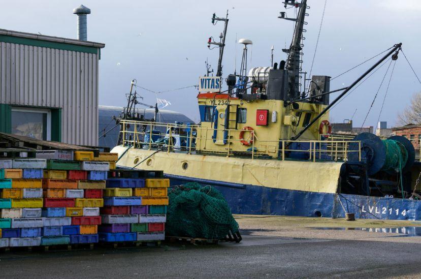 Набережная Лиепайского торгового канала находится в двадцати метрах от заводских помещений